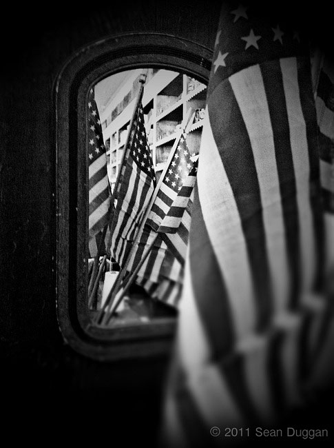 Reflections-Flag_iP4-w